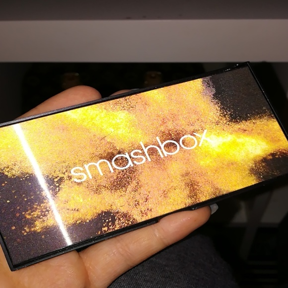 Smashbox Other - Smashbox covershot metallic eyeshadow palette